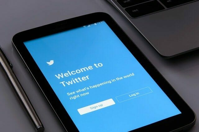 How To Use Twitter Trending Hashtags