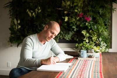 How to Become a Better Writer by Becoming a Better Noticer
