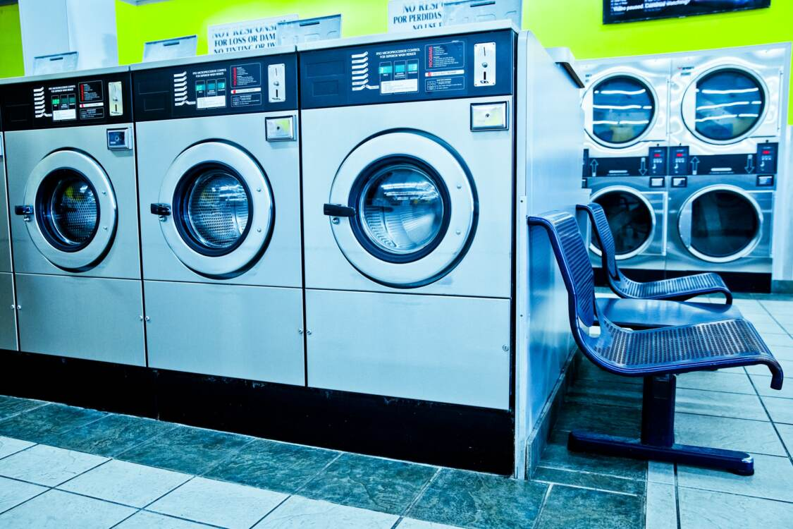 Coin-opearted washers and dryers | Commercial laundry equipment