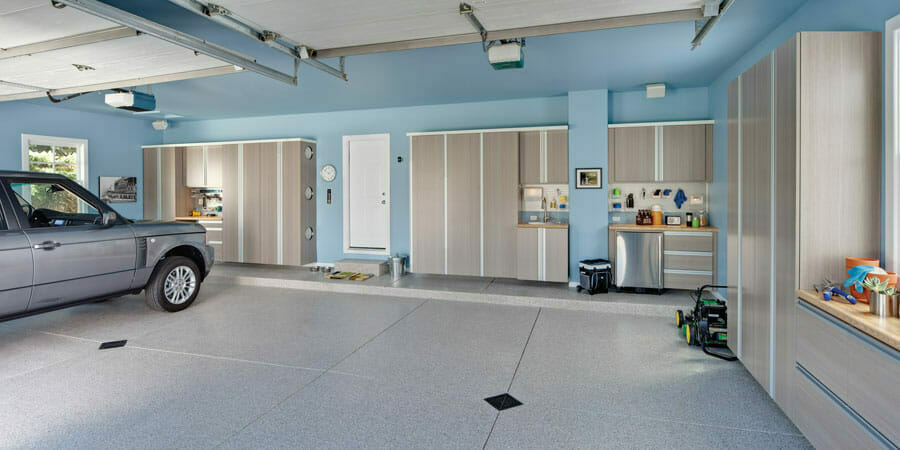 A finished polyaspartic garage floor | Polyaspartic vs epoxy floors